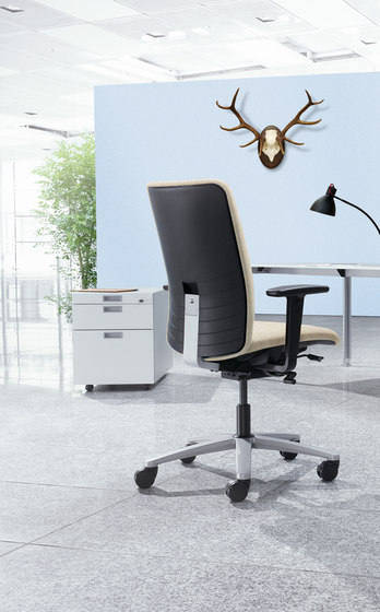 JET.II Swivel chair by König+Neurath