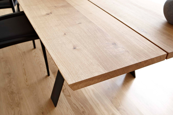 GM 3200 Plank Tisch von Naver Collection