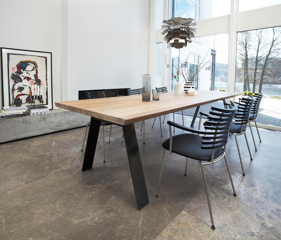 GM 3200 Plank Table by Naver