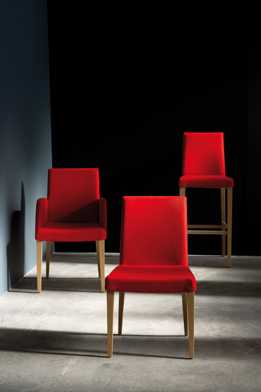 Plaza chair with armrests de Billiani