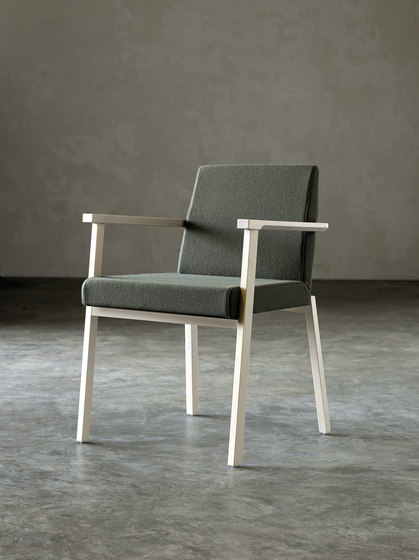 Braid chair with armrests by Billiani