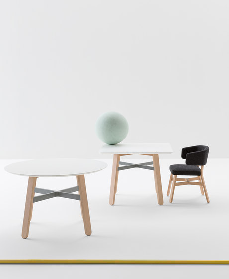 Croissant table by Billiani