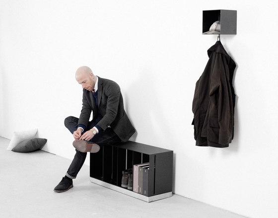Lobby coat hanger by Röshults