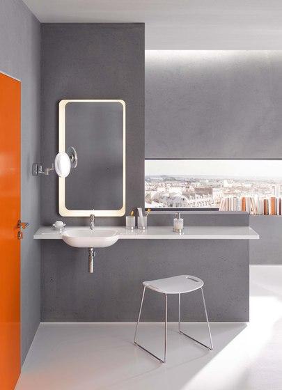 Soap dispenser with holder | 950.06.10045 de HEWI