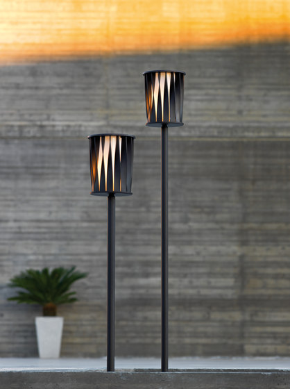 Aton Floor lamp by Unopiù