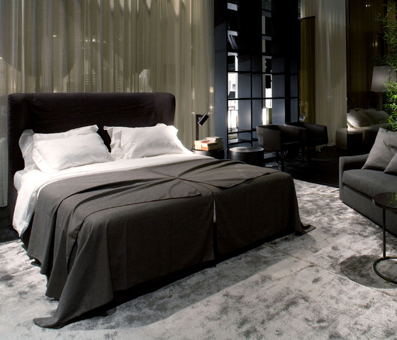 Port Bed by Meridiani