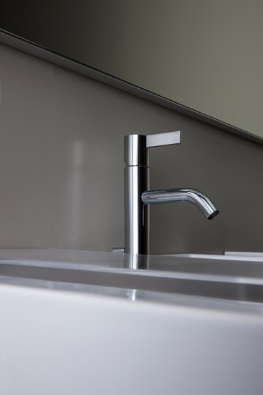 Kartell by LAUFEN | bath/shower mixer by Laufen