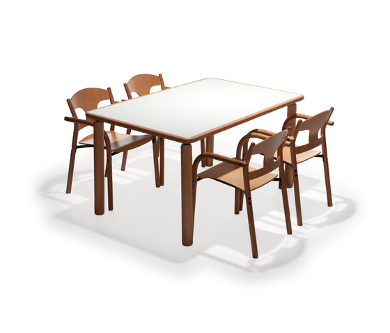 Jari table j20 de Arktis Furniture