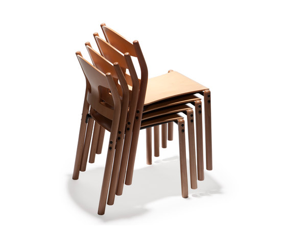 Jari chair j22 by Arktis Furniture