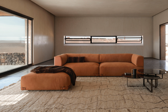 Soho Leather 2 Seater Sofa di Fendi Casa