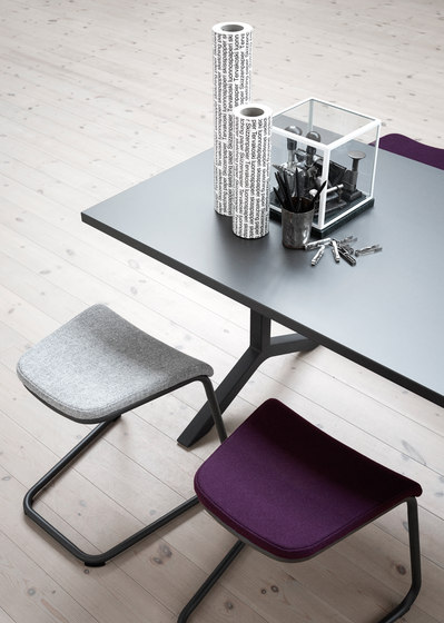 Add Table by Lammhults