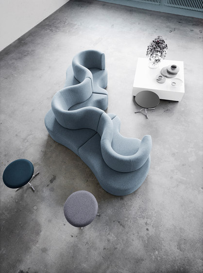 Cloverleaf | Sofa by Verpan