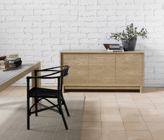 Basic Sideboard 3 doors by Expormim