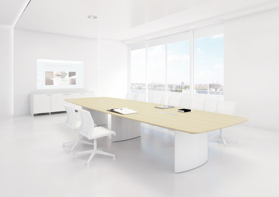 C1 Conference table de Holzmedia
