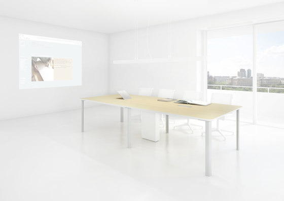 C6 Conference table di Holzmedia