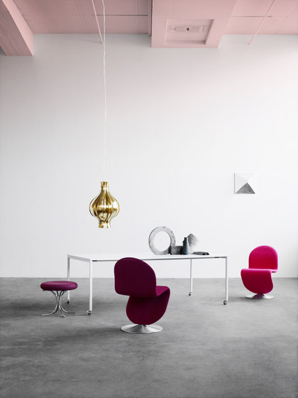 Panton Move Plywood | Table by Verpan