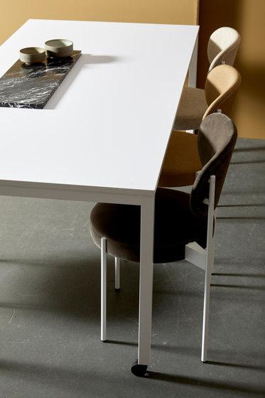 Panton Move Table | FENIX Black von Verpan