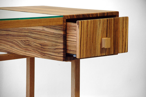 Portos Desk von House Deco