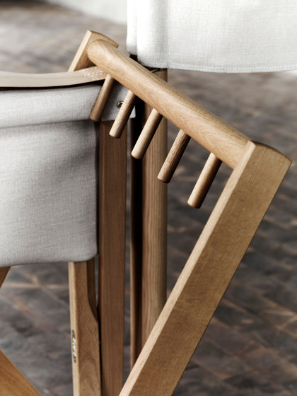 MK99200 Folding chair by Carl Hansen & Søn