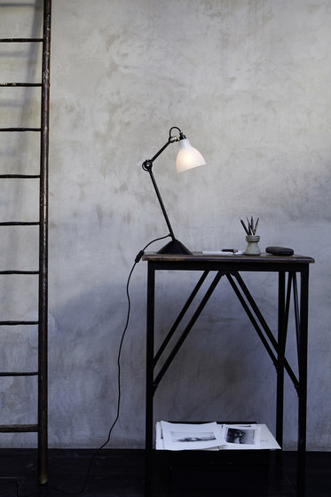 LAMPE GRAS - N°205 black by DCW éditions