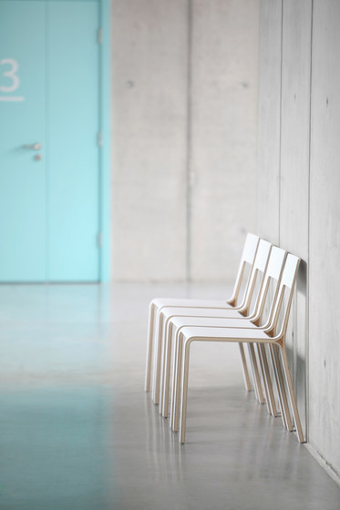 Frame chair by Plycollection