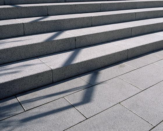 Ciara luciano, diagonalstruktur by Metten