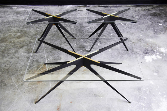 DEAN Round Side Table de Gabriel Scott