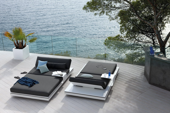 Elements concept seater by Manutti
