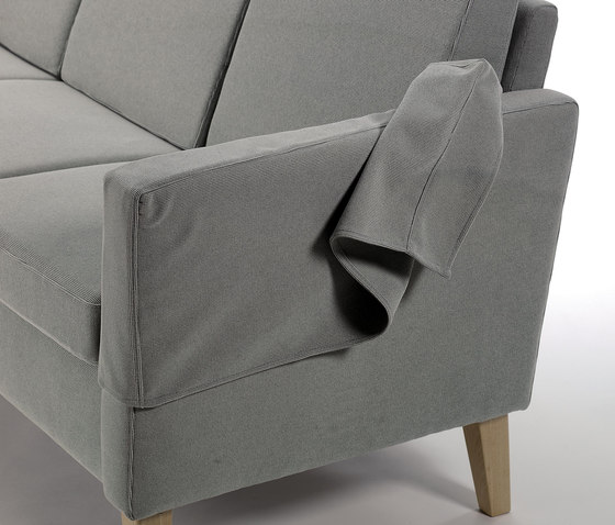 Bo armchair by Helland