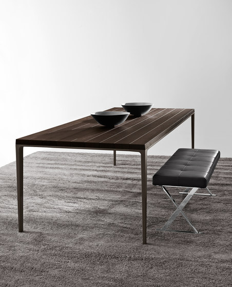 Antares bench by Maxalto