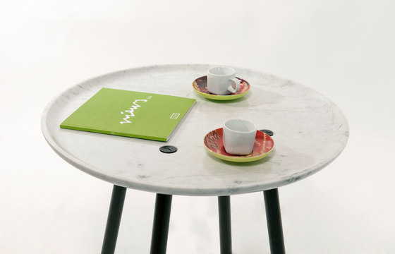 Plate coffee table von Covo