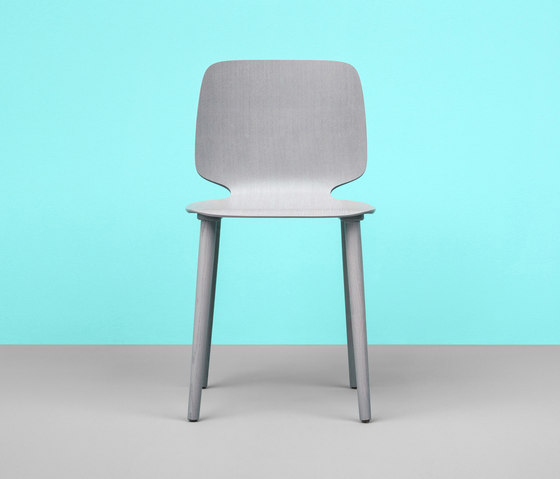 Babila chair in tecnopolymer von PEDRALI