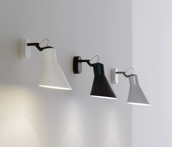 Taia Wall light by LUCENTE