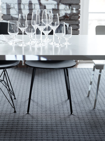Spendido 1001 by OBJECT CARPET