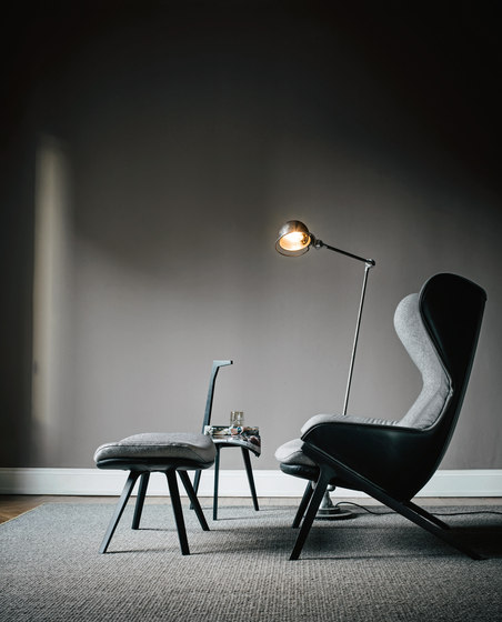 P22 by Cassina