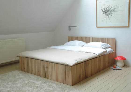 Ward bed by Pilat & Pilat
