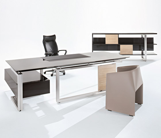Vara desk by Tecno