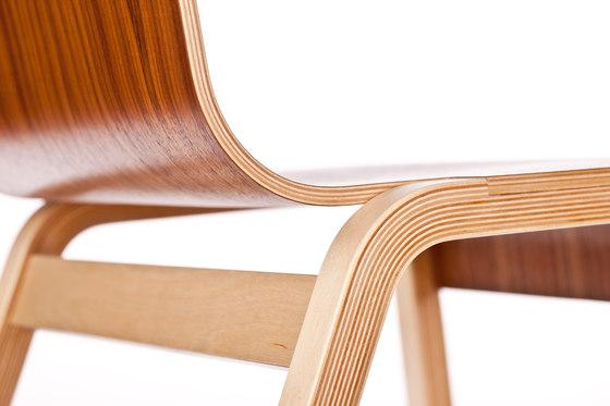 Zipper by Riga Chair