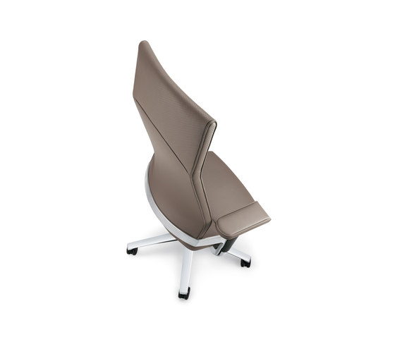 LACINTA | Swivel chair by Züco