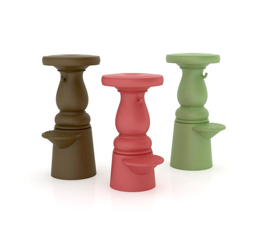 new antiques barstool by moooi