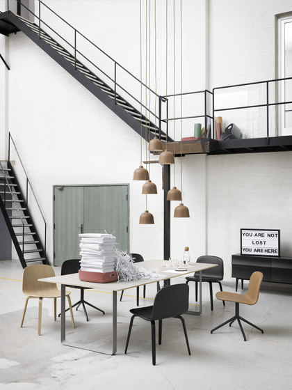 70/70 Dining Table | extra large di Muuto