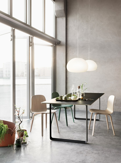 70/70 Dining Table | extra large de Muuto