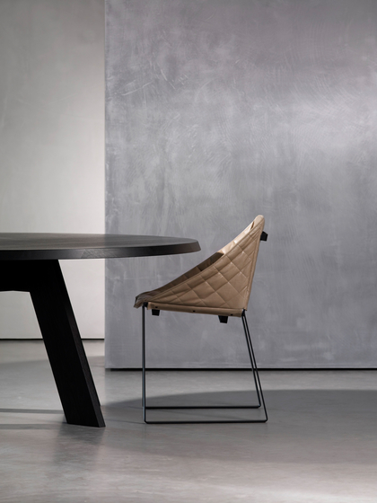 KEKKE dining chair by Piet Boon