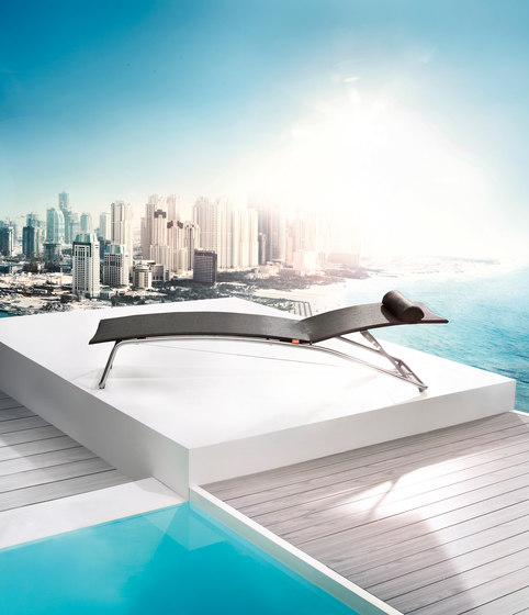 Penthouse Lounger by solpuri