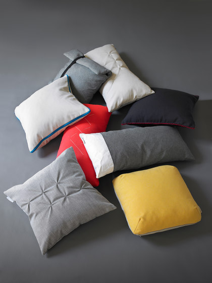 Pillows paper de viccarbe