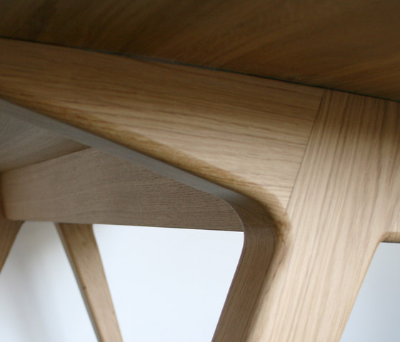 Dining Table by Hansen
