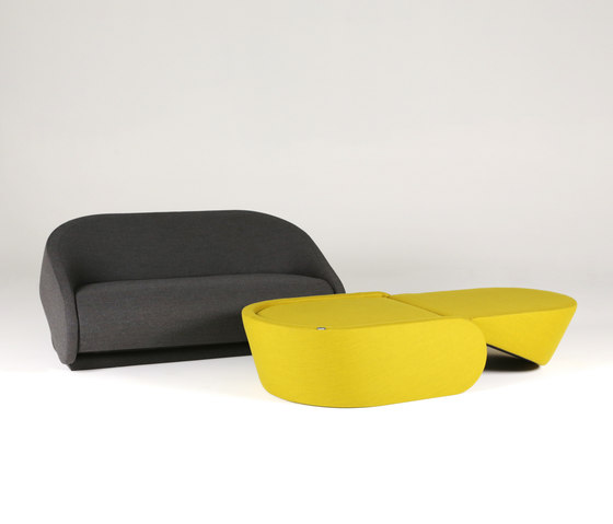 Up-lift armchair by Prostoria
