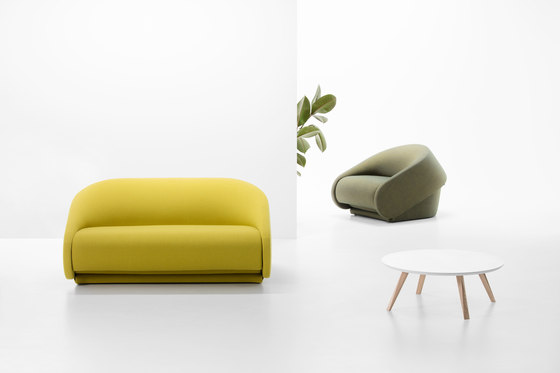 Up-lift sofa by Prostoria