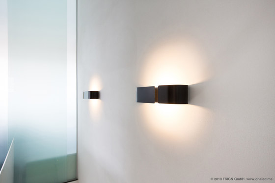 oneled wall luminaire c by oneled product. Black Bedroom Furniture Sets. Home Design Ideas