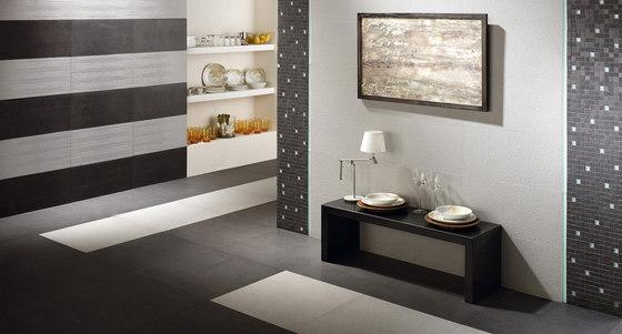 Lava negro rigato mosaico by Apavisa